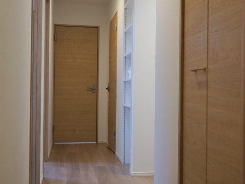 廊下、収納スペース有